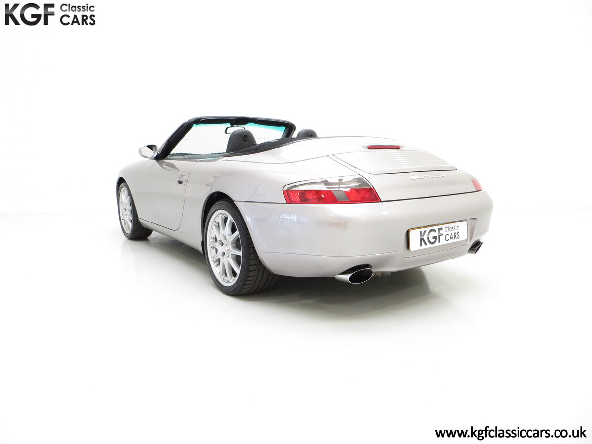 2001 A Porsche 996 911 Carrera 4, 17 Porsche Main Dealer Stamps For Sale (picture 4 of 6)