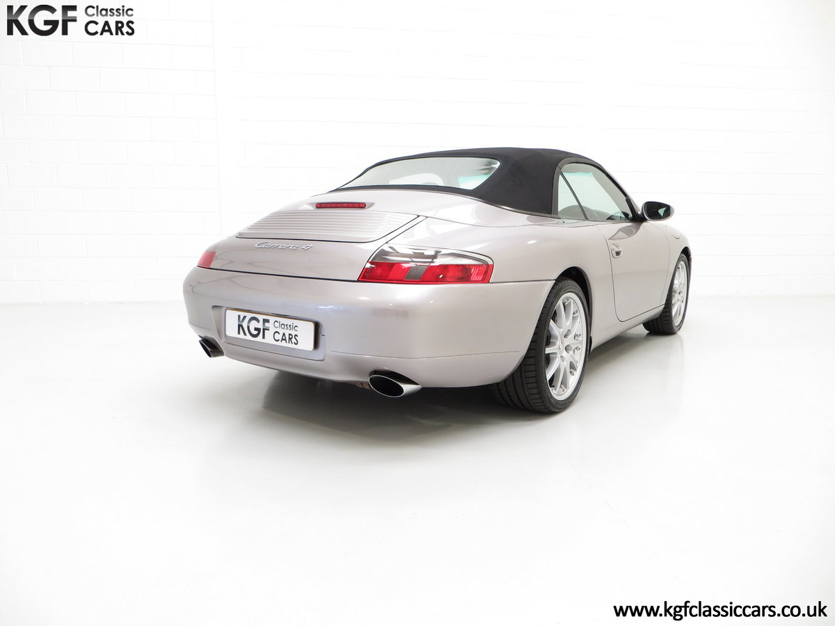 2001 A Porsche 996 911 Carrera 4, 17 Porsche Main Dealer Stamps For Sale (picture 5 of 6)