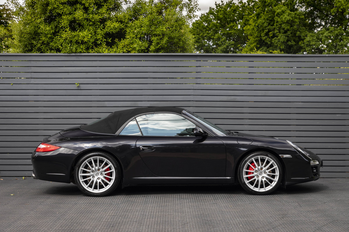 2010 Porsche 997 C2 S PDK CABRIOLET GEN II ONLY 10700 MILES SOLD (picture 3 of 6)