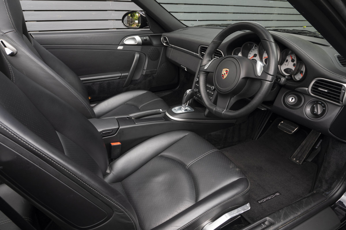 2010 Porsche 997 C2 S PDK CABRIOLET GEN II ONLY 10700 MILES SOLD (picture 4 of 6)