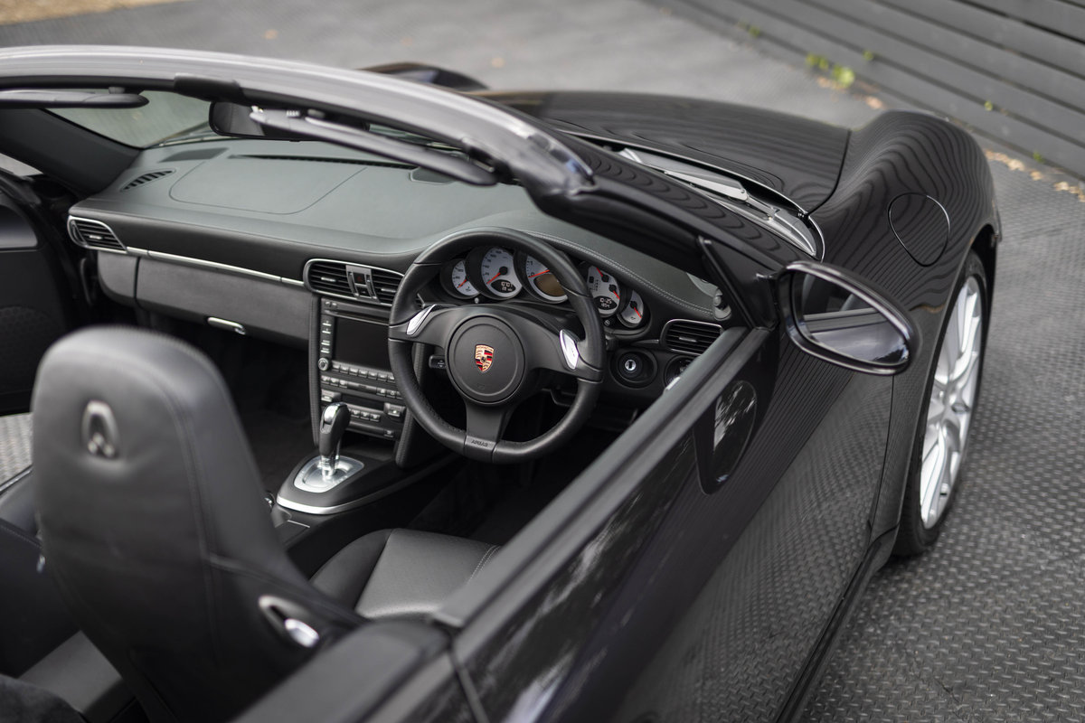 2010 Porsche 997 C2 S PDK CABRIOLET GEN II ONLY 10700 MILES SOLD (picture 5 of 6)