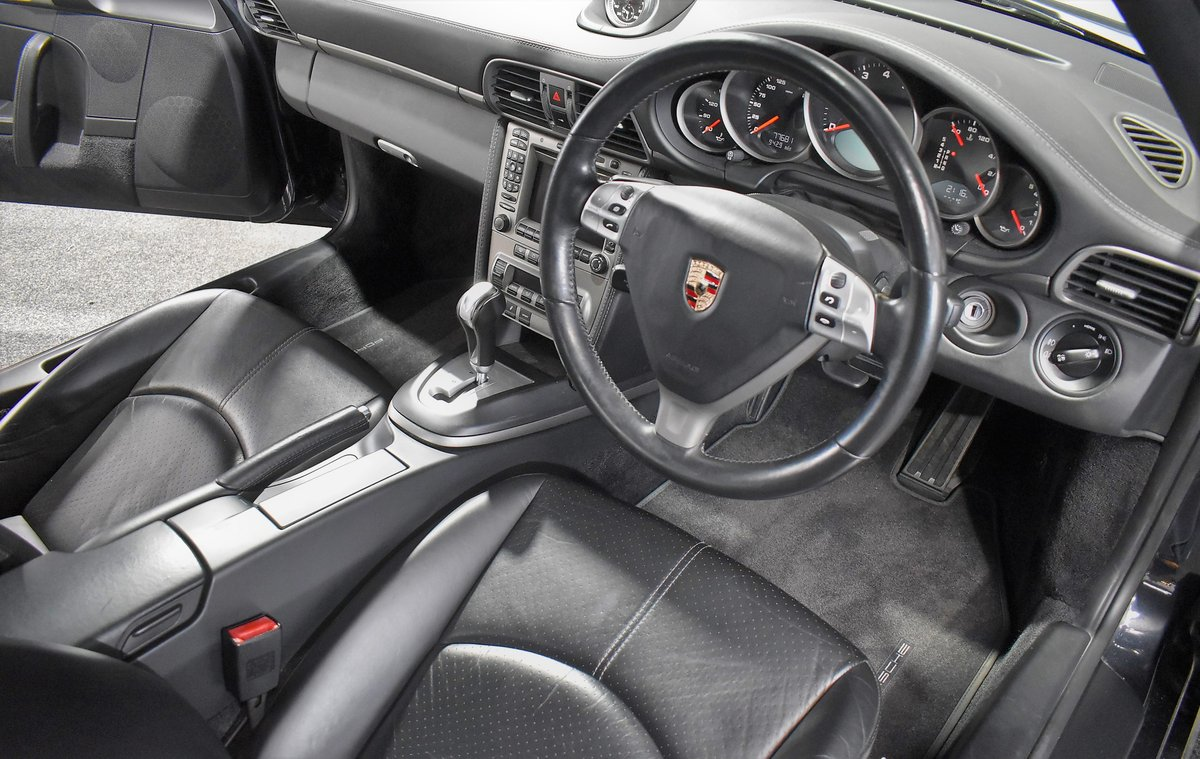 *SOLD* 2004 Porsche 911 Carrera 2 Tiptronic 997 For Sale (picture 3 of 6)
