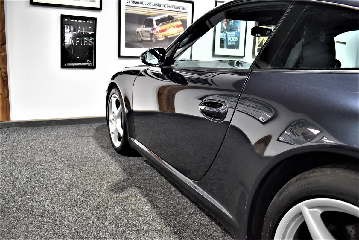 *SOLD* 2004 Porsche 911 Carrera 2 Tiptronic 997 For Sale (picture 4 of 6)