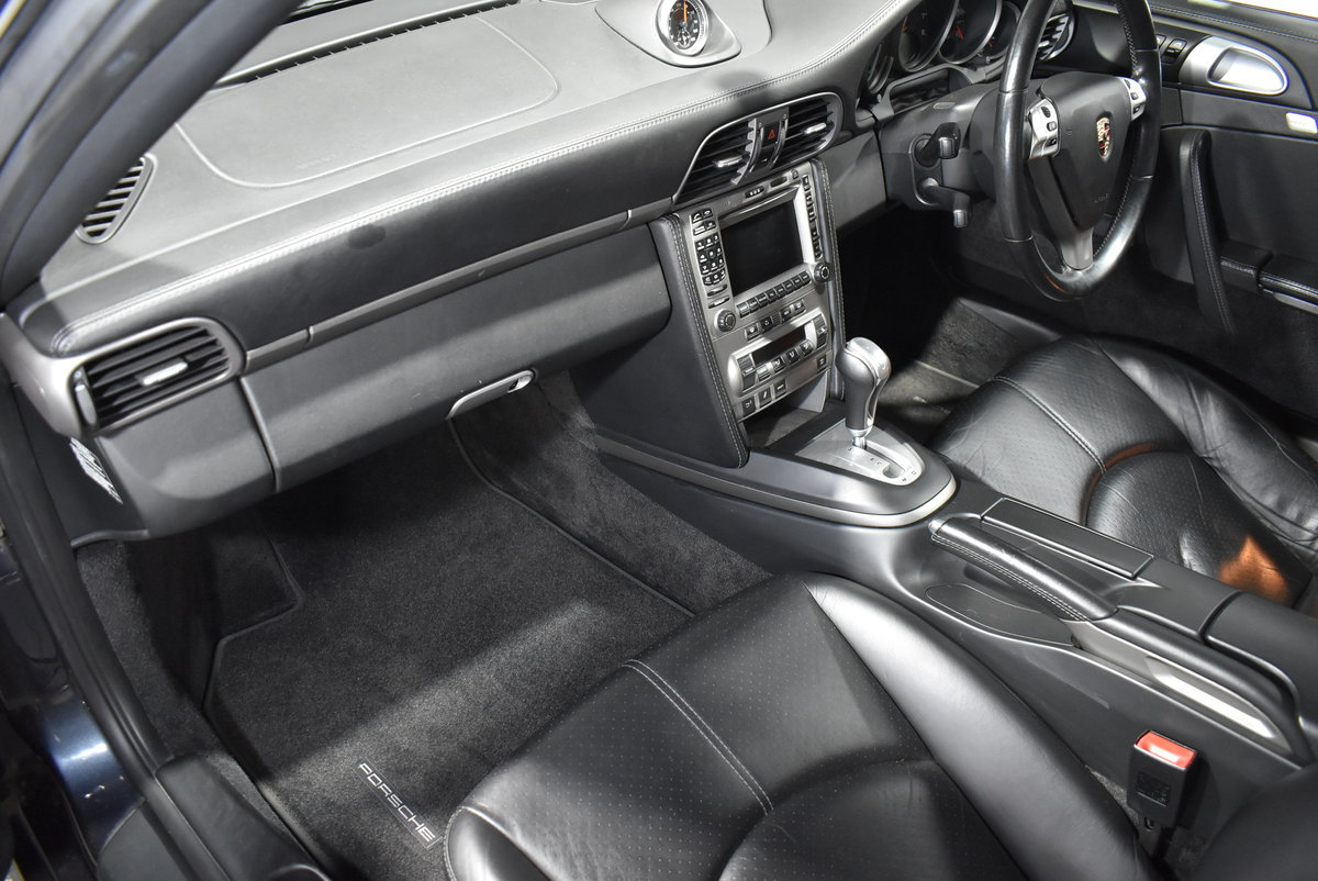 *SOLD* 2004 Porsche 911 Carrera 2 Tiptronic 997 For Sale (picture 5 of 6)