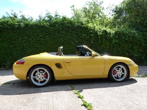 Porsche Boxster S 2003 Speed Yellow.. stunning