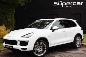 Porsche Cayenne S E-Hybrid - 2016 - 5K Miles - Huge Spec For Sale