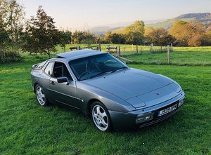 Porsche 944 S2 3.0 1991/J Metallic Grey