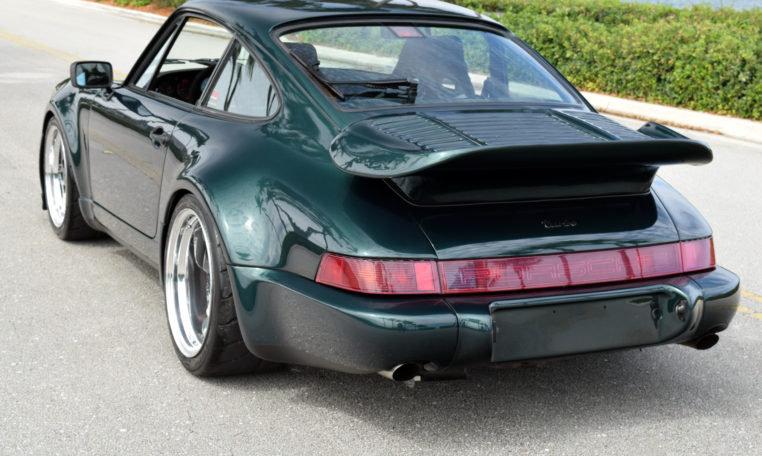 1990 Porsche 911 964 Carrera 4 964 Carrera 4 Widebody 3.3 T For Sale (picture 3 of 6)