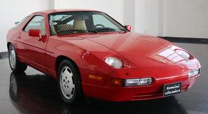 Porsche 928 S4 (1988)