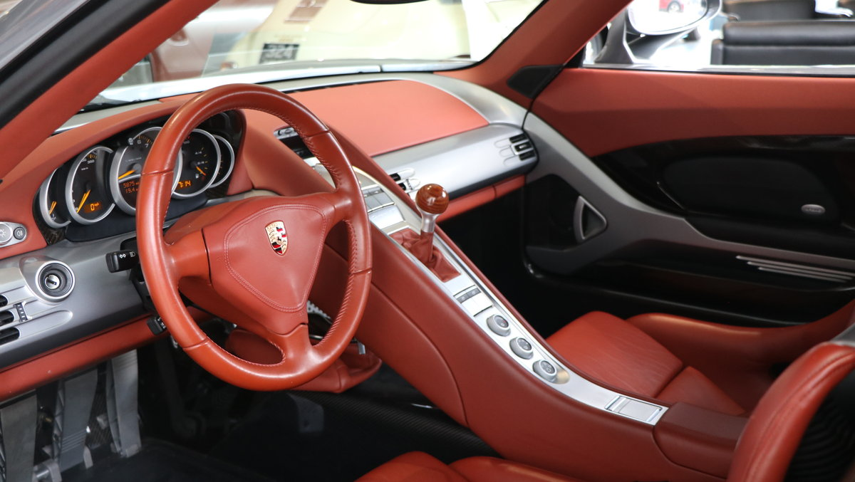 2004 Porsche Carrera GT 2dr  For Sale (picture 5 of 6)