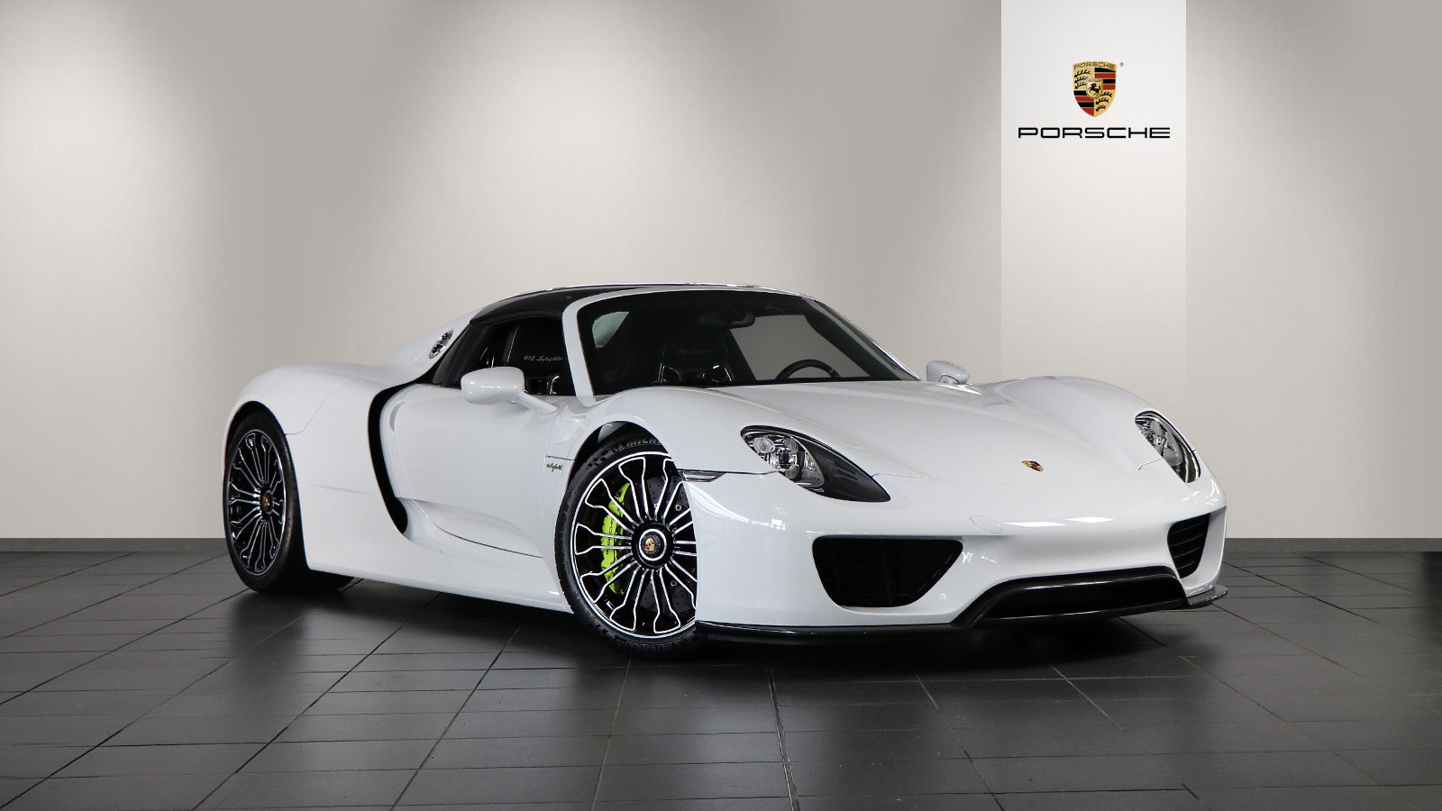 2015 Porsche 918 Spyder 2dr PDK For Sale (picture 1 of 6)