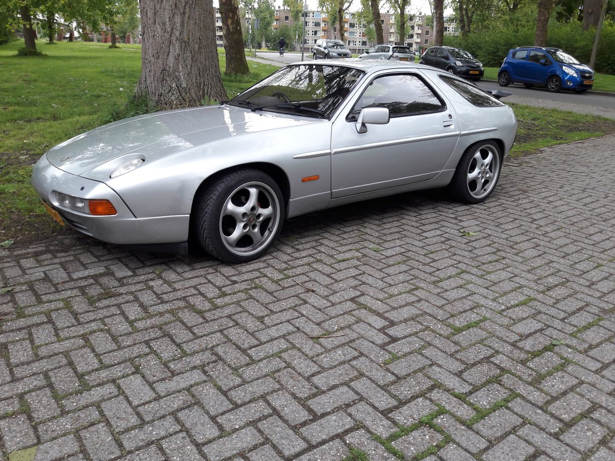 Porsche 928 1979 RHD S4 look For Sale (picture 1 of 6)