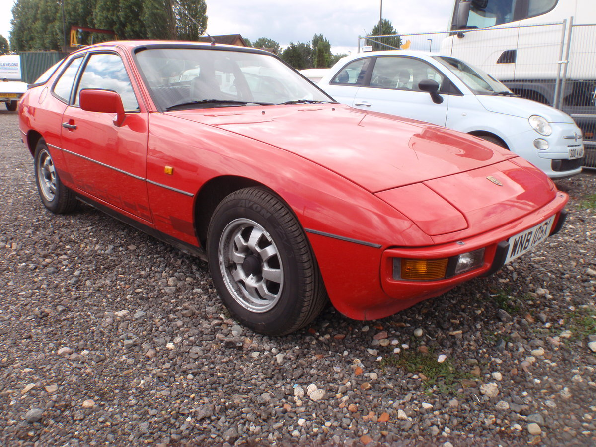 1982 PORSCHE 924 LUX. NEW MOT, RUST FREE ORIGINAL For Sale (picture 1 of 4)