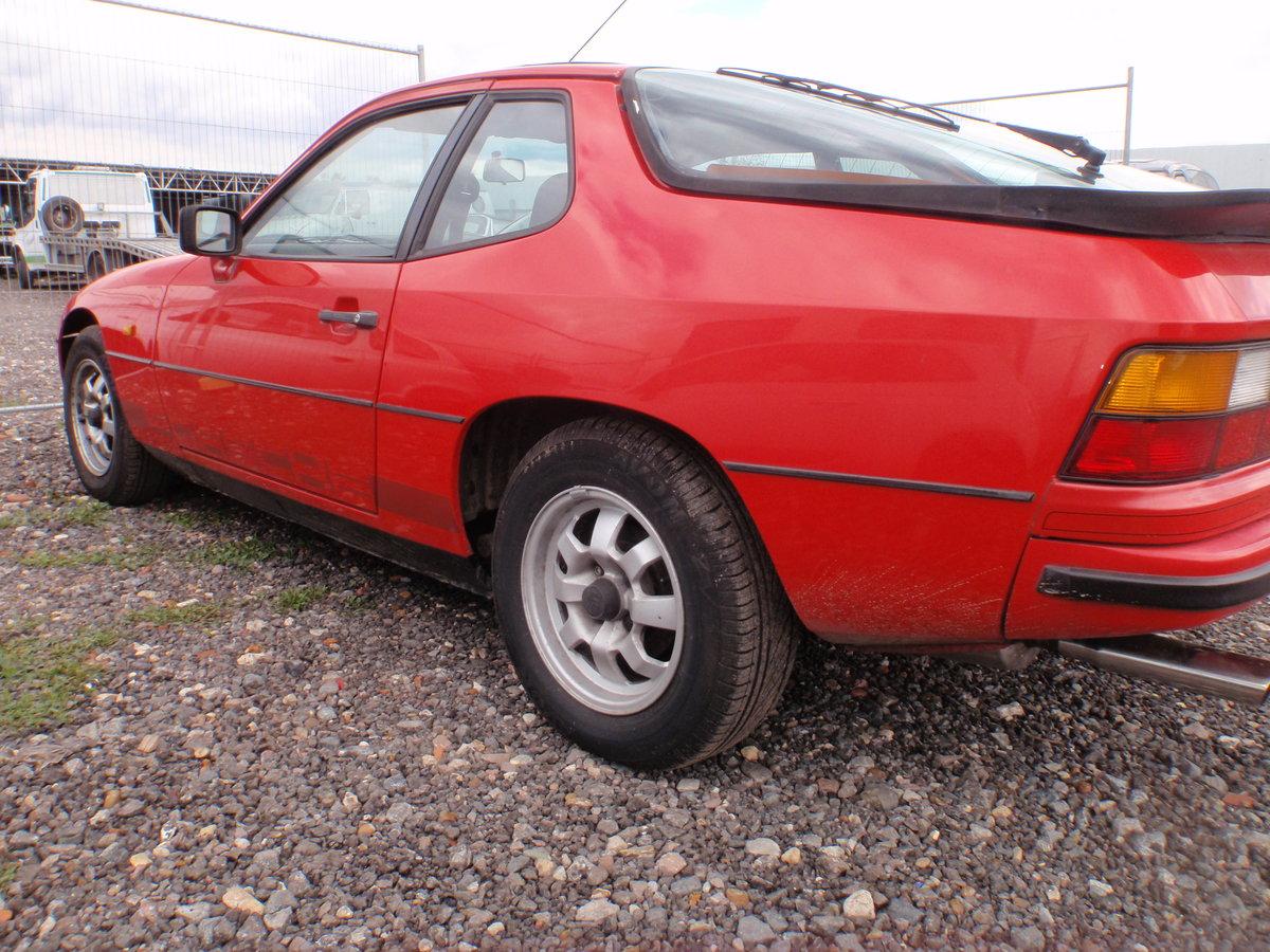1982 PORSCHE 924 LUX. NEW MOT, RUST FREE ORIGINAL For Sale (picture 2 of 4)