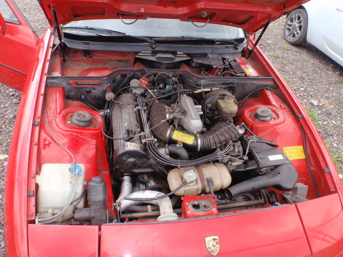 1982 PORSCHE 924 LUX. NEW MOT, RUST FREE ORIGINAL For Sale (picture 3 of 4)