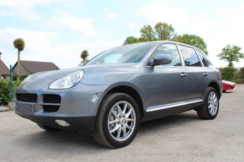 2003 PORSCHE Cayenne S  For Sale by Auction (picture 2 of 6)