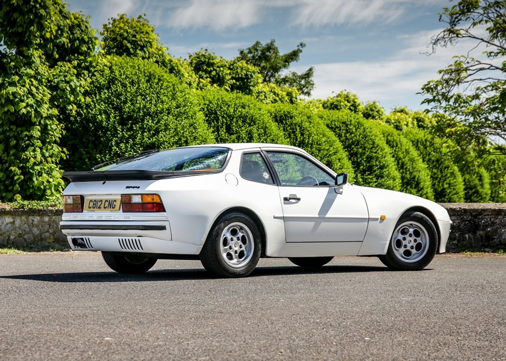 1989 Porsche 944 Lux SOLD by Auction (picture 3 of 6)