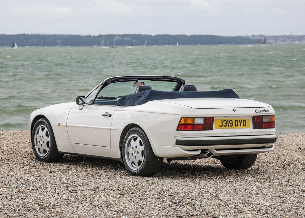 1992 Porsche 944 Turbo Cabriolet SOLD by Auction (picture 3 of 6)