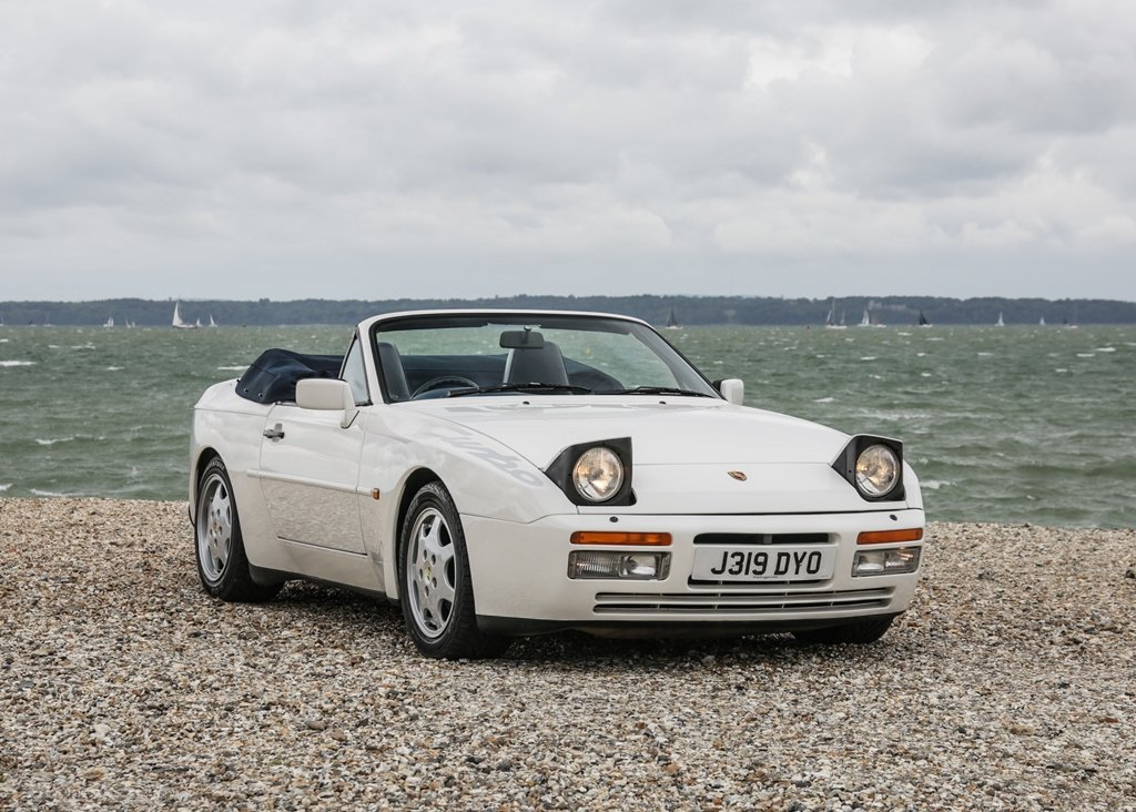 1992 Porsche 944 Turbo Cabriolet SOLD by Auction (picture 5 of 6)
