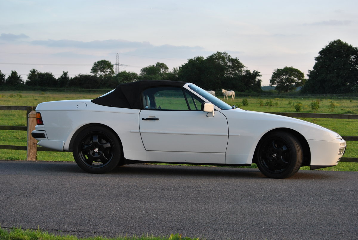 1990 Porsche 944 S2 Cabriolet, 76k miles, FSH HPI clear For Sale (picture 2 of 6)