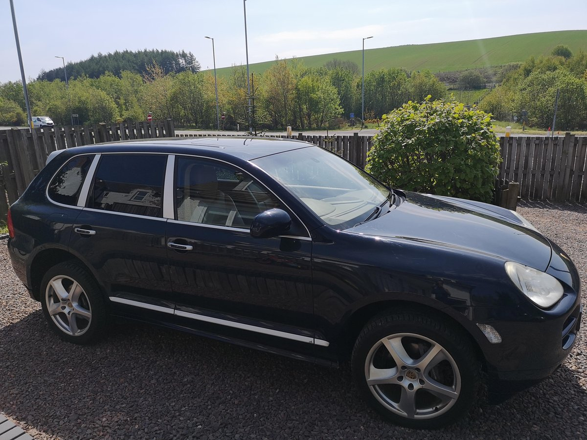 First Class Porsche Cayenne 2004 For Sale (picture 1 of 6)