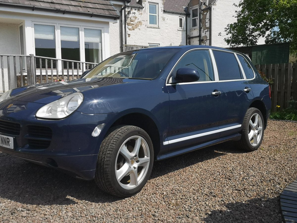 First Class Porsche Cayenne 2004 For Sale (picture 2 of 6)