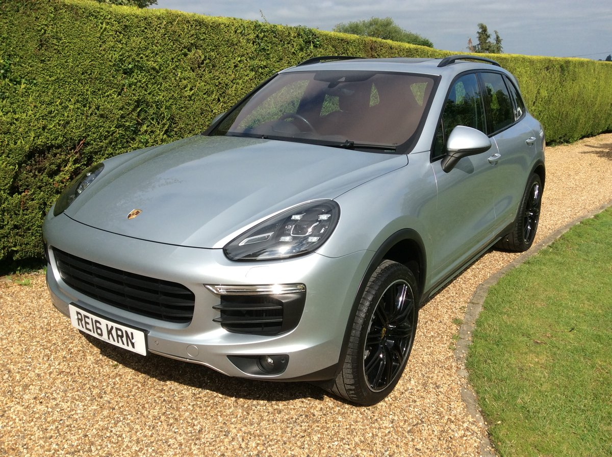 2016 Porsche Cayenne S V6 Twin Turbo 420 Bhp SOLD (picture 1 of 6)