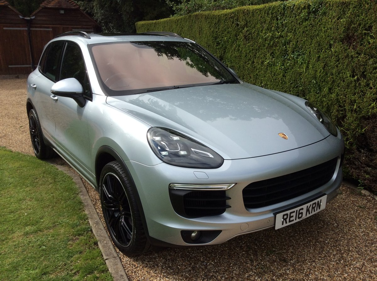 2016 Porsche Cayenne S V6 Twin Turbo 420 Bhp SOLD (picture 2 of 6)