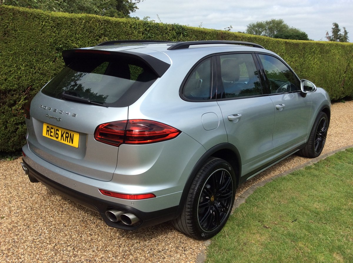 2016 Porsche Cayenne S V6 Twin Turbo 420 Bhp SOLD (picture 3 of 6)
