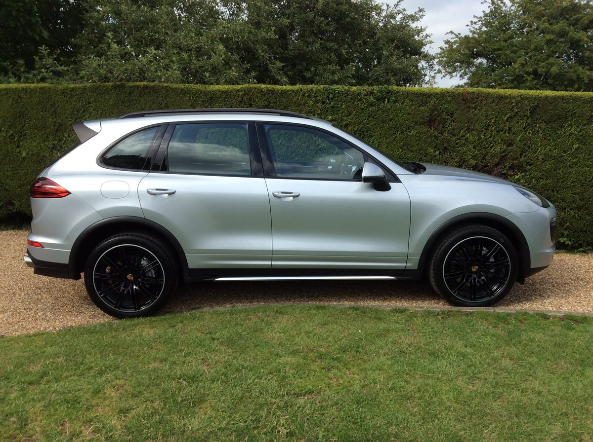 2016 Porsche Cayenne S V6 Twin Turbo 420 Bhp SOLD (picture 6 of 6)