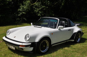 1986 PORSCHE 911 SUPERSPORT TARGA / RESTORED For Sale