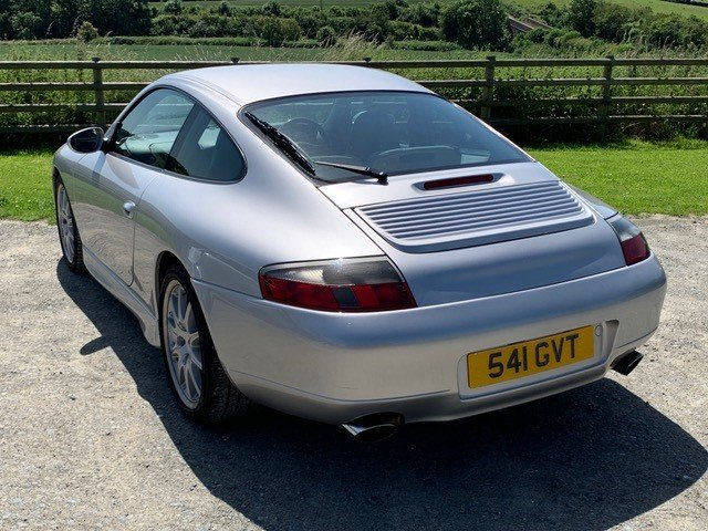 2000 Lovely Porsche 911 Carrera with Rebuilt Engine For Sale (picture 2 of 6)