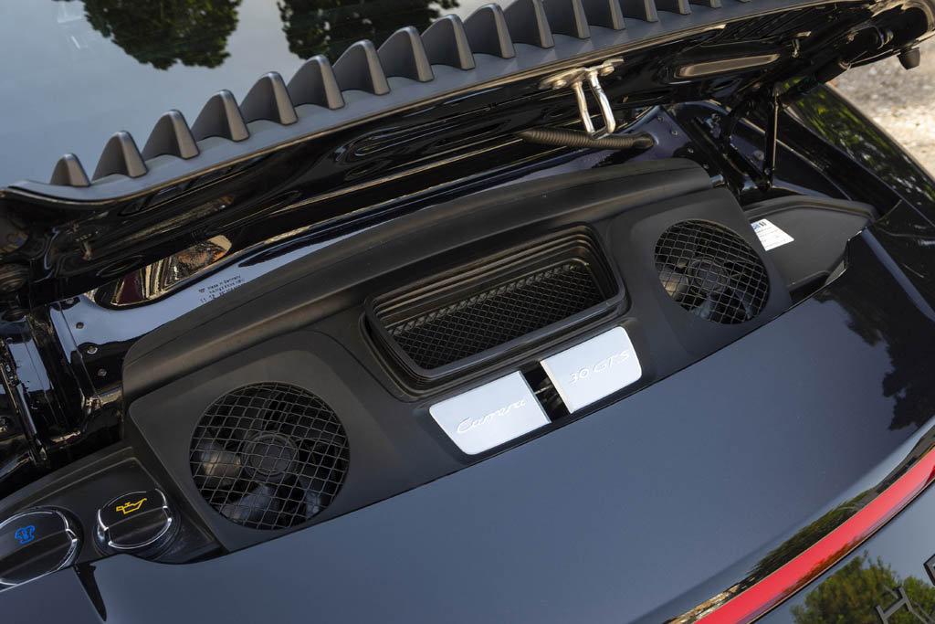 2017- Porsche 911- 991 Carrera 4 GTS For Sale (picture 5 of 6)