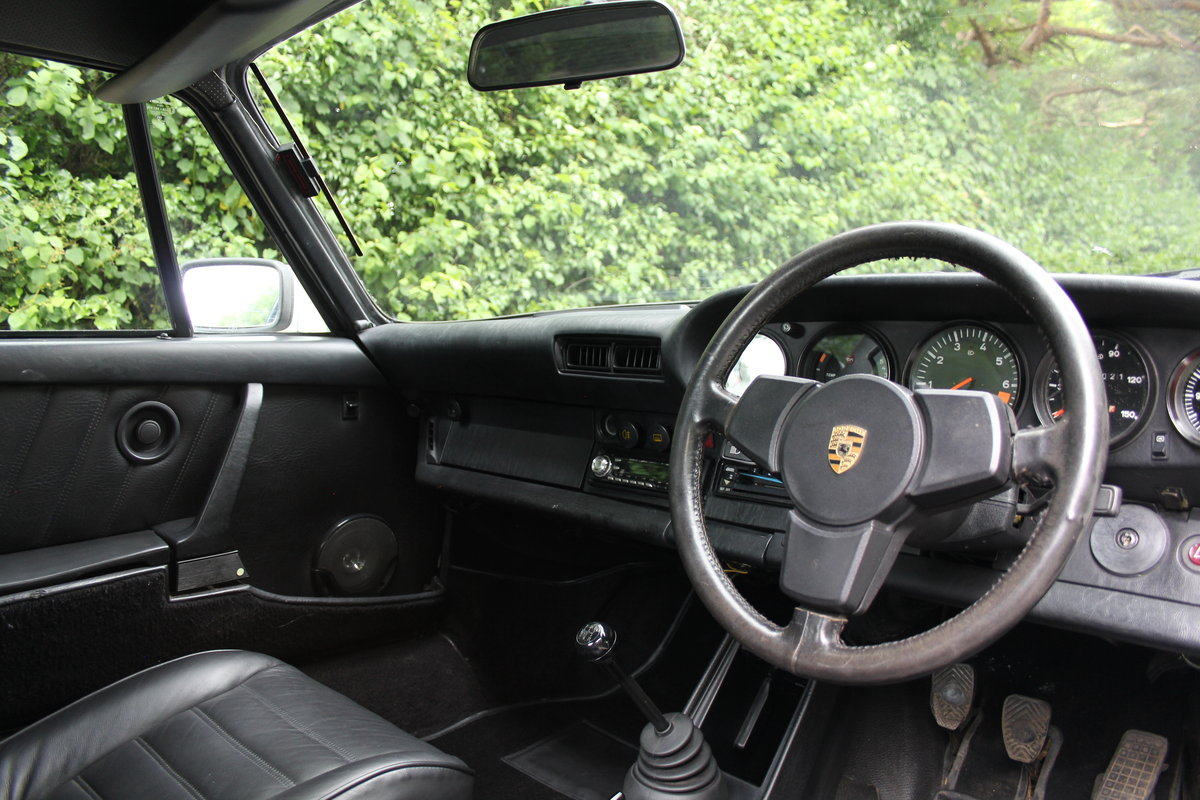 1976 Porsche 911S - Recent extensive European touirng SOLD (picture 7 of 12)