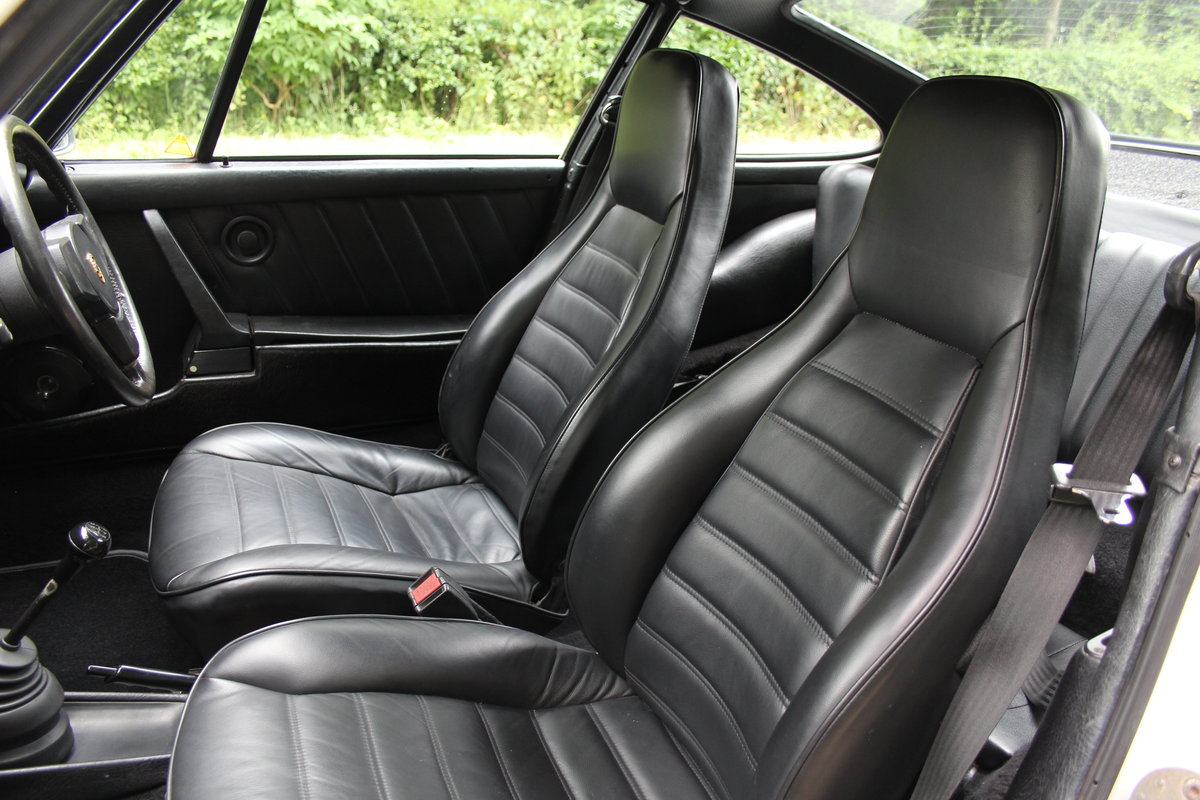 1976 Porsche 911S - Recent extensive European touirng SOLD (picture 10 of 12)