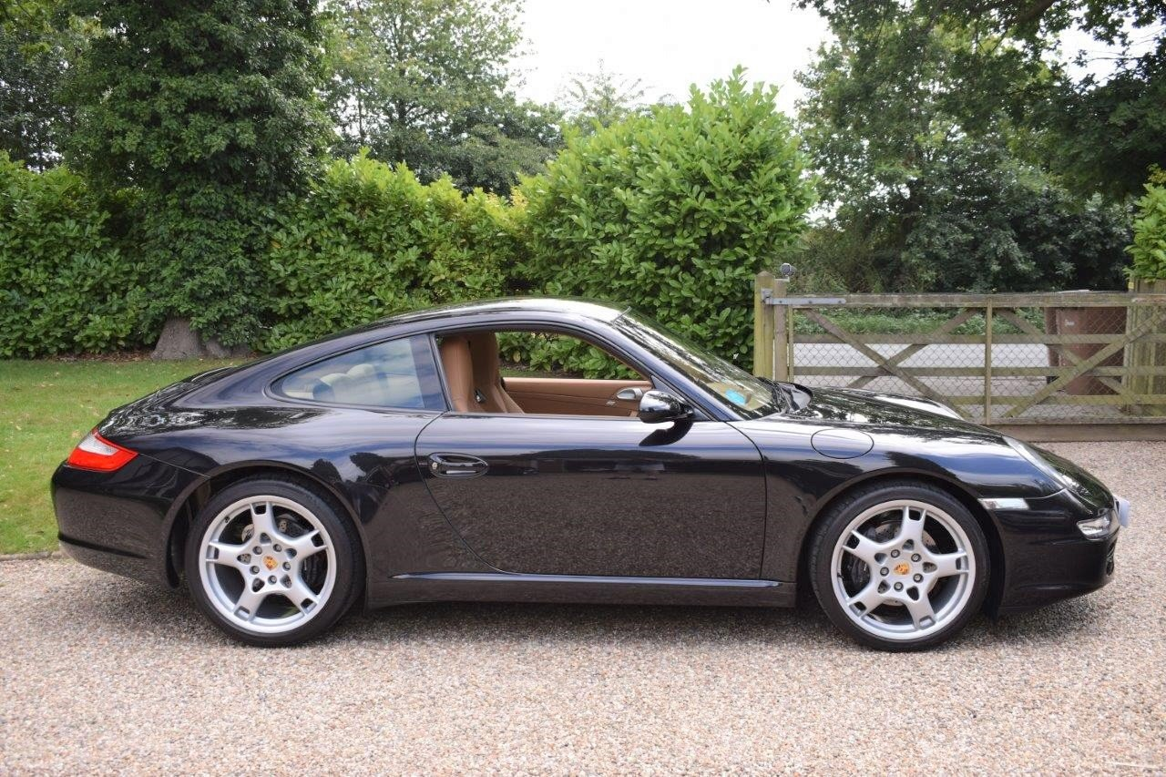 2004 Porsche 911 Carrera 2 Coupe 6-Speed 997.1 SOLD (picture 3 of 6)