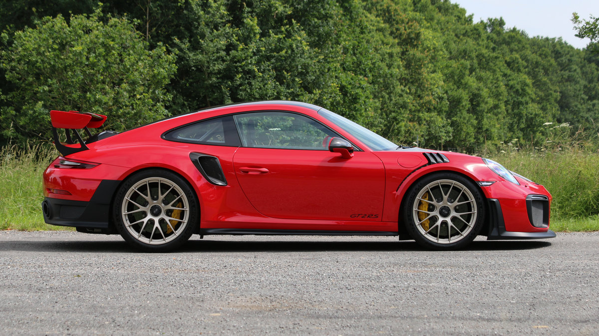 2018 Porsche GT2 RS Weissach Package For Sale (picture 4 of 6)