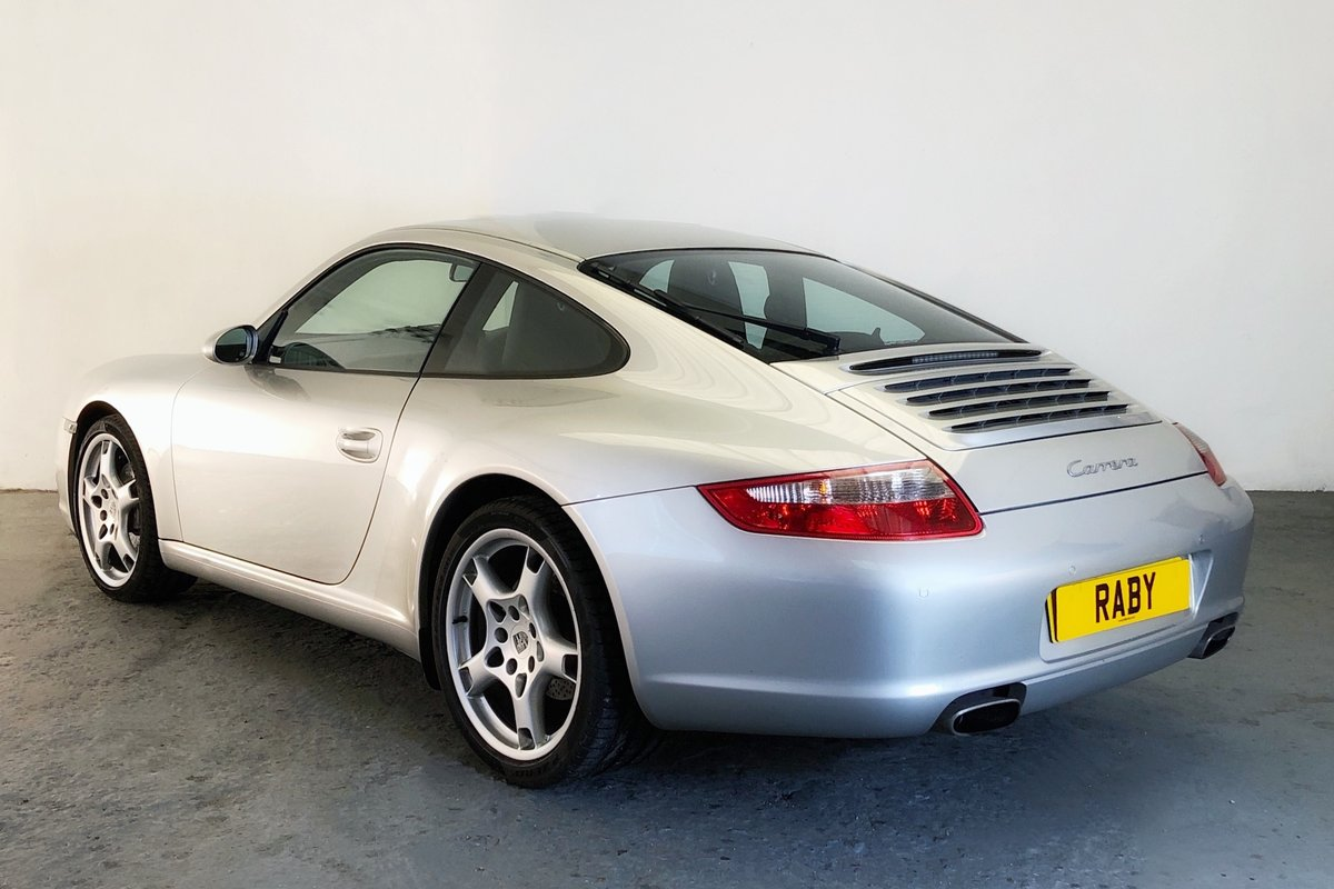 2004 Porsche 997 Carrera Tiptronic in lovely condition SOLD (picture 2 of 6)