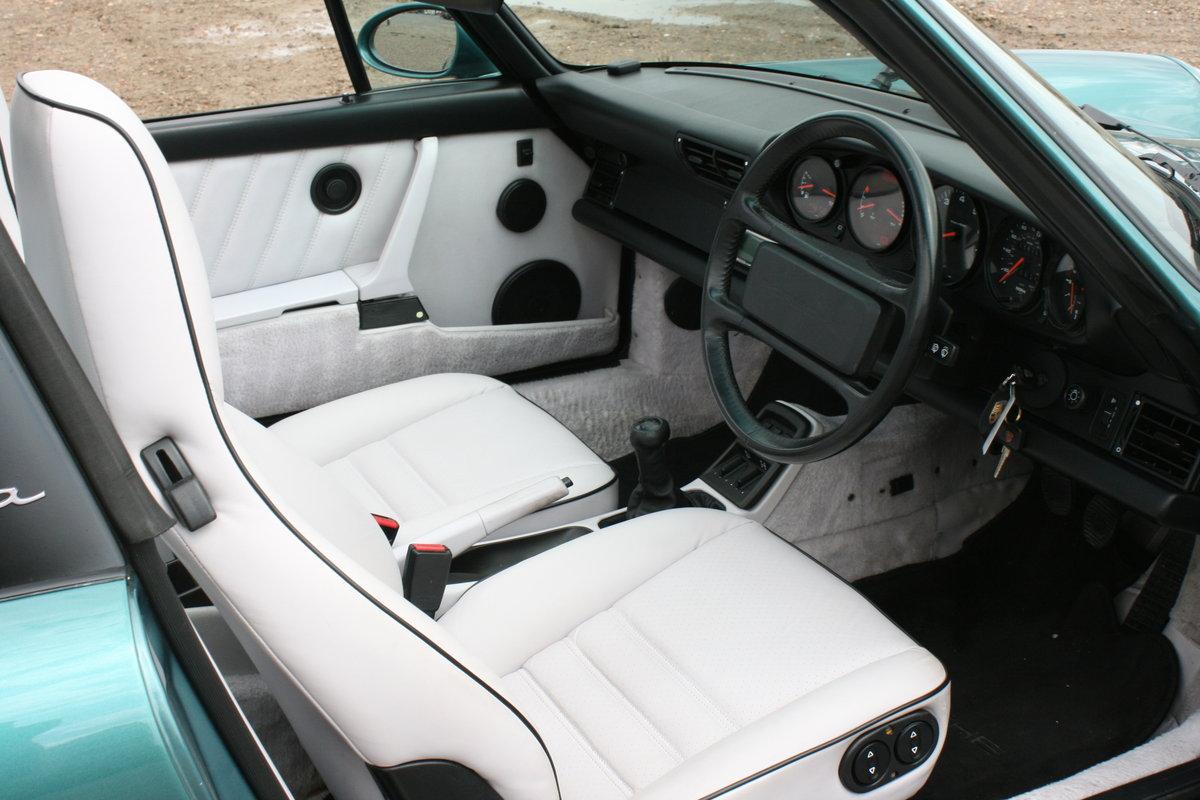 1992 Porsche 911 964 Carrera 4 manual Targa 58000miles For Sale (picture 4 of 6)