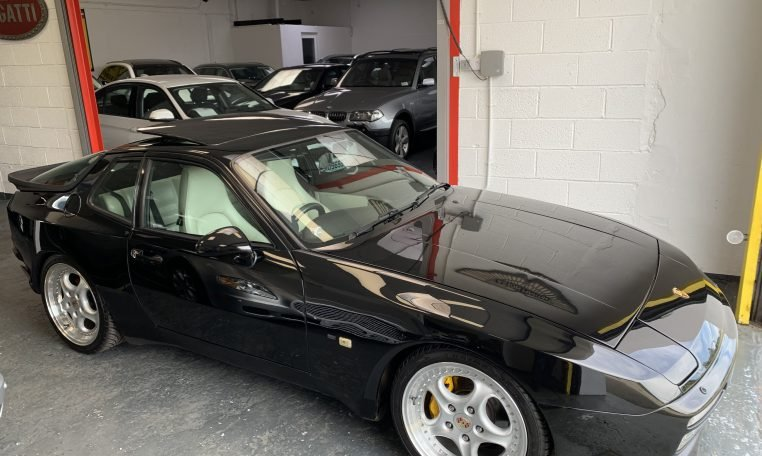 1987 Porsche 944 Turbo many improvements 300bhp For Sale (picture 1 of 6)