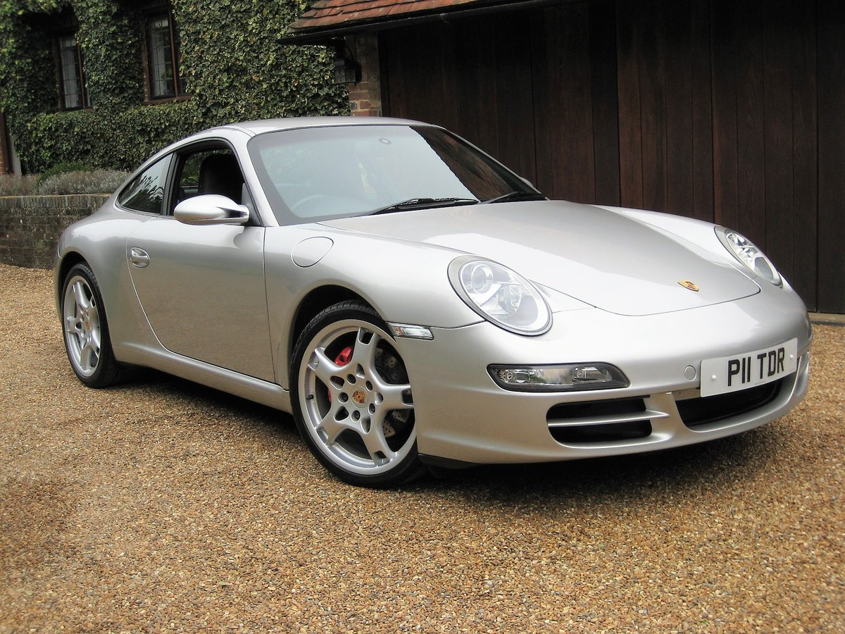 2008 Porsche 911 (997) 3.6 Carrera Tiptronic S With £7k Of Extras For Sale (picture 2 of 6)