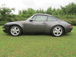 1995 porsche 993 Carrera 4 coupe