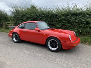 Porsche 911 3.2 Carrera light-weight