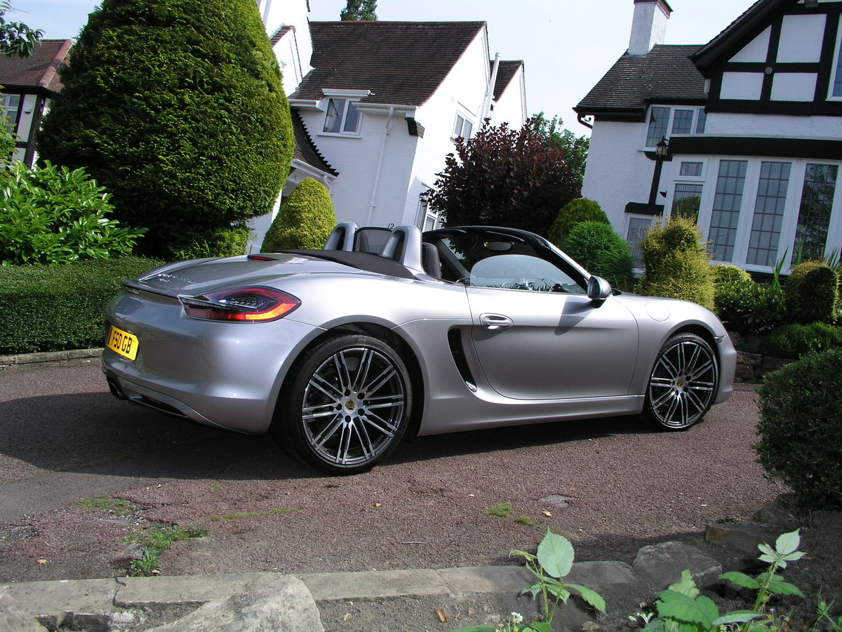 2015 Porsche Boxster 981 2.7 6 speed maunual 9500 miles For Sale (picture 2 of 4)