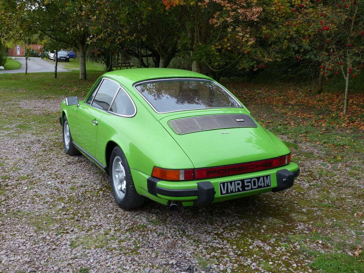 Porsche 911 2.7 Coupe LHD 1974 Lime green For Sale (picture 2 of 6)