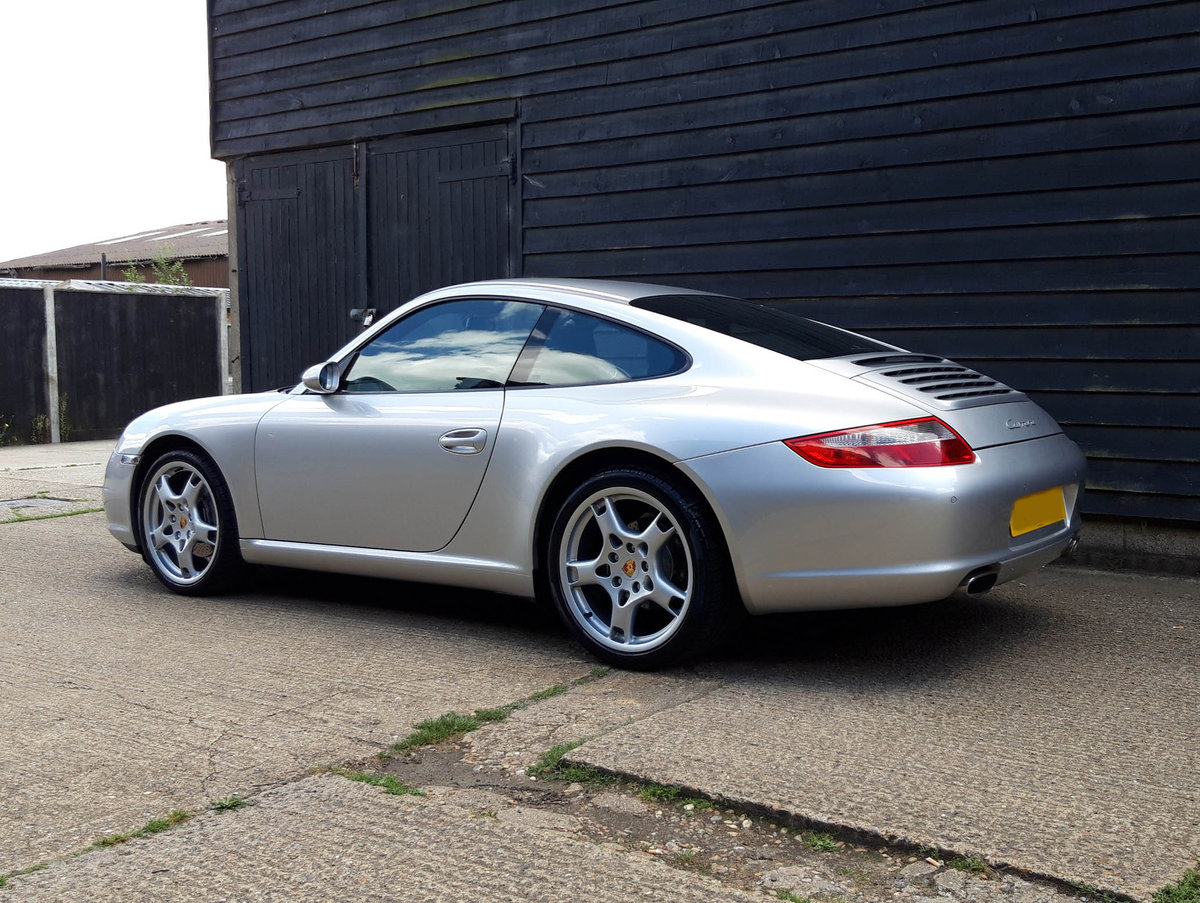 2005 PORSCHE 911/997 3.6 CARRERA 2 COUPE Tiptronic S - F.p.s.h   SOLD (picture 5 of 6)