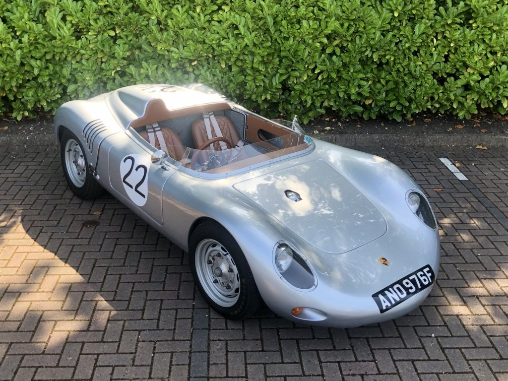 1968 Porsche 718 RSK Spyder // Classic Race Car Replica For Sale (picture 4 of 6)