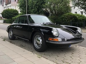 1977 911 Backdate - 3.2 litre engine with bodywork of F model For Sale