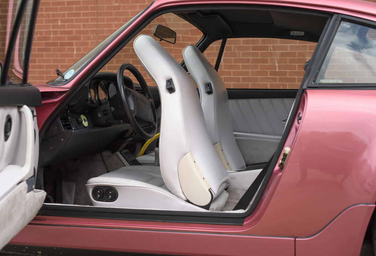1994 Porsche 964 Carrera 2 (LHD) For Sale In London For Sale (picture 17 of 24)