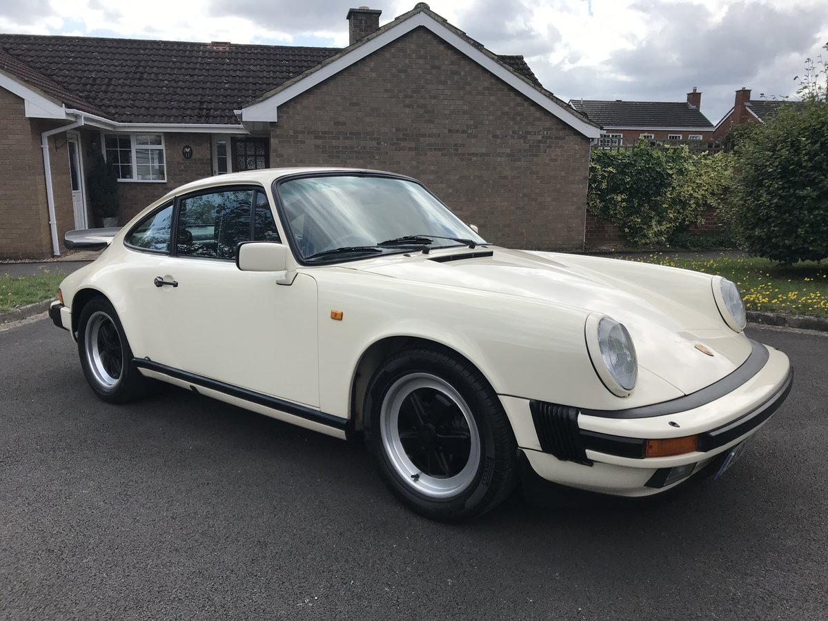 1985 PORSCHE 911 3.2 CARRERA SPORT 1 OF 3 CHIFFON WHITE For Sale (picture 1 of 6)